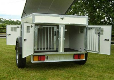 3 Berth Dog Trailer with Roof Storage