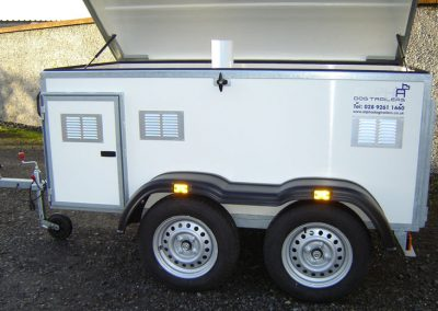 4 Berth Dog Trailer with Roof Storage