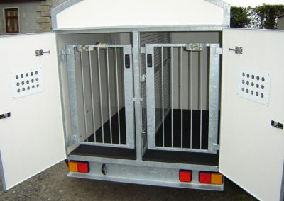 2 Berth fixed roof trailer with 12v fan & extra height for large dogs